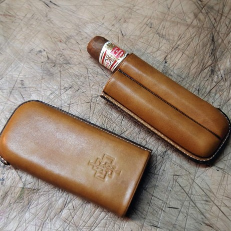 Patina-cigar-case-full-leather-hand-coloured-Dominique-Saint-Paul-Saigon-Ho-Chi-Minh-City-Vietnam-mto-made-to-order-bespoke
