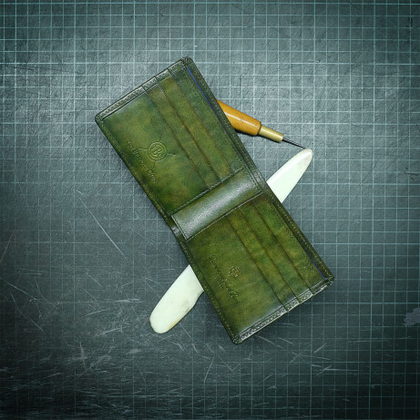 Dominique-Saint-Paul-hand-coloured-standard-wallet-full-leather-patina-Ho-Chi-Minh-City