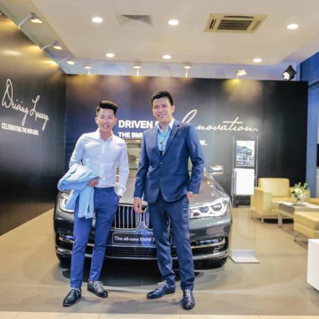 blue-shoes-dominique-saint-paul-bmw-two-gentlemen-Saigon-dapper-elegant-style