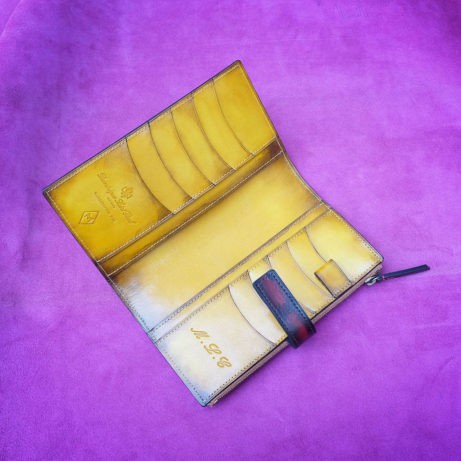Bespoke-letaher-wallet-dominique-saint-paul-Saigon-Ho-Chi-Minh-City-Vietnam-hand-coloured-patina