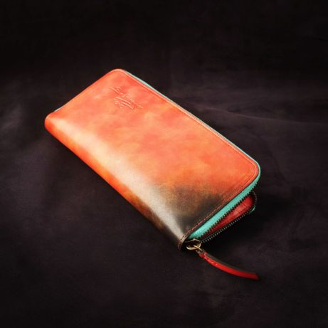 Dominique-Saint-Paul-Saigon-zipped-travel-wallet-leather-Ho-Chi-Minh-City-Vietnam-patina-hand-coloured-leather-goods